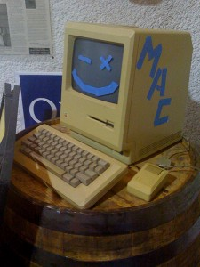 Hi Mac, by Selbe B, CC 2.0